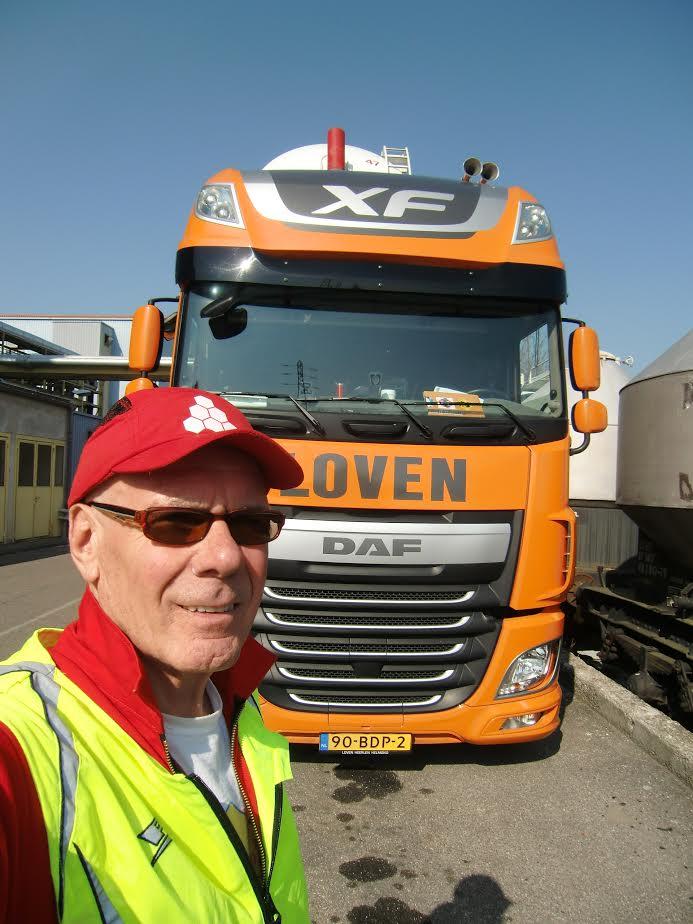 Daf-test-Harald-met-de-test-wagen