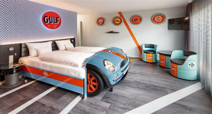 Auto-hotel-11