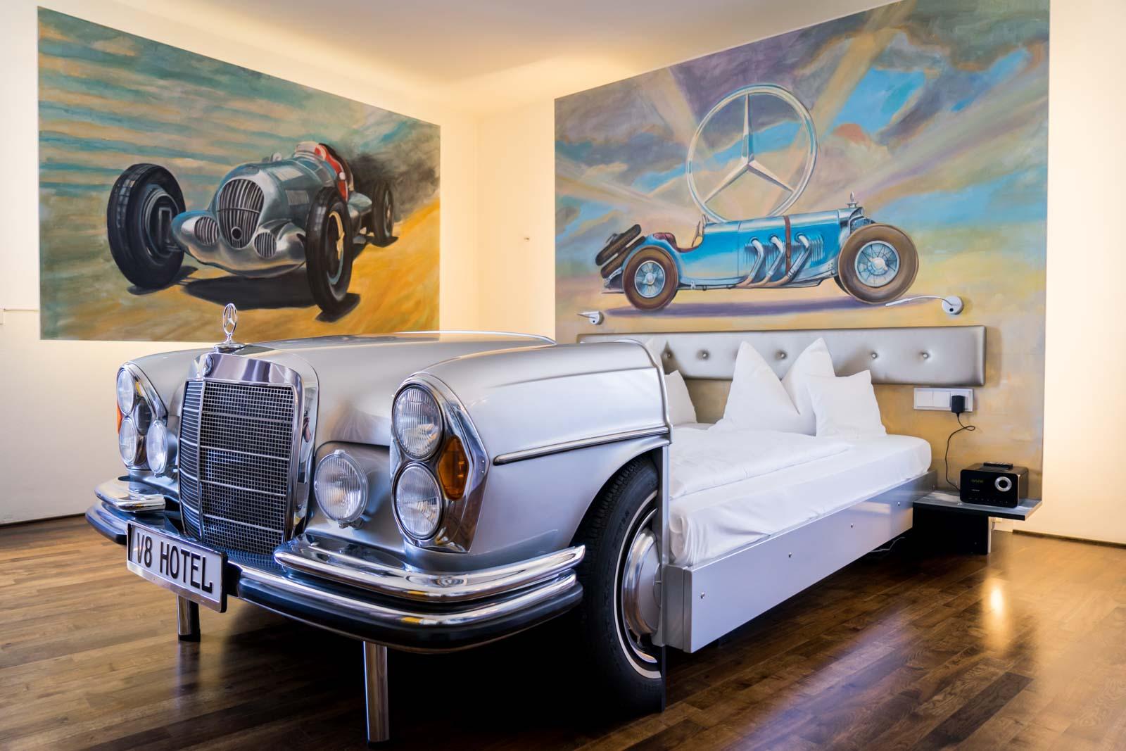 Auto-hotel-3