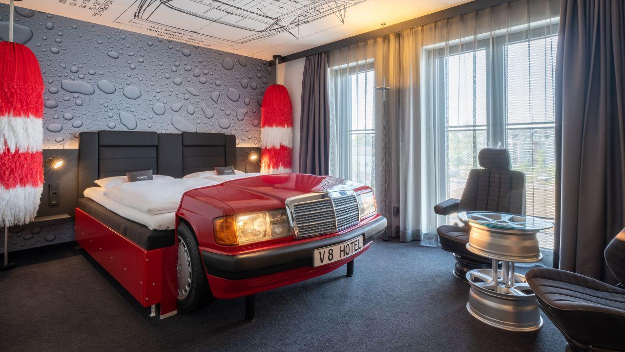 Auto-hotel-6