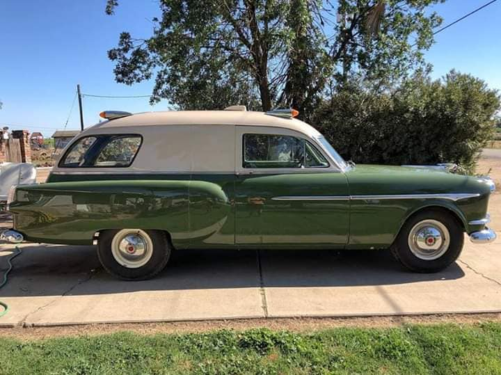 Packard-1954-ambulance-door-henney-1