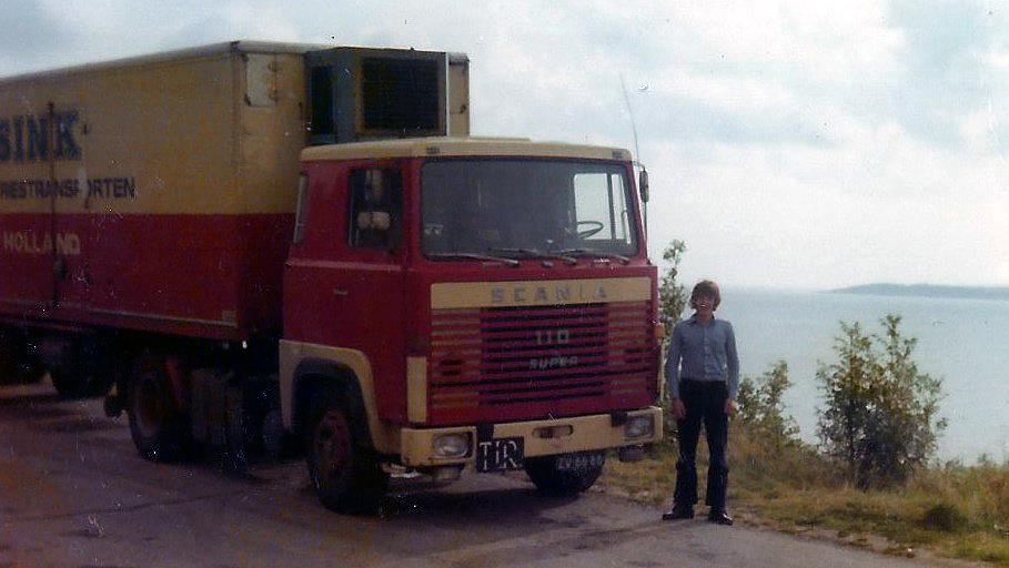 Scania-110---Chauffeur--Frans-Niemeijer