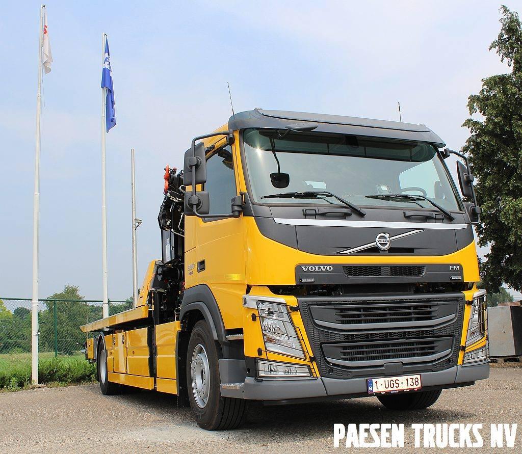 Volvo-FM330-uitgevoerd-als-takelwagen-Swinnen--Partners-uit-Hasselt-26-7-2018---1
