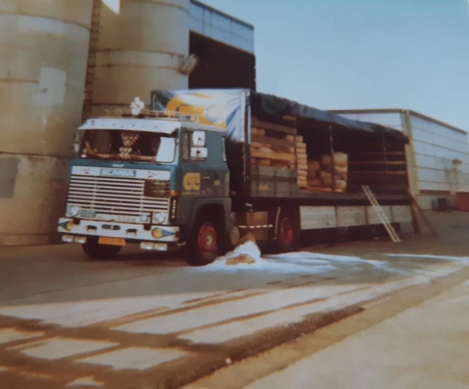 chauffeur-Van-Berkel-in-1977-Osteringen-2
