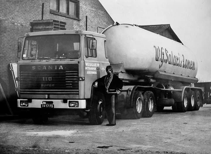 Scania--Dik-Kieviet---Hier-nog-2-met-Lag-Bulk-met-Johan-de-Vries-er-bij2