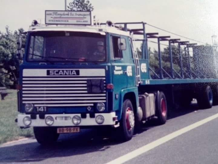 Scania-V8-Osteringen-rijder--Alle-Schaap-