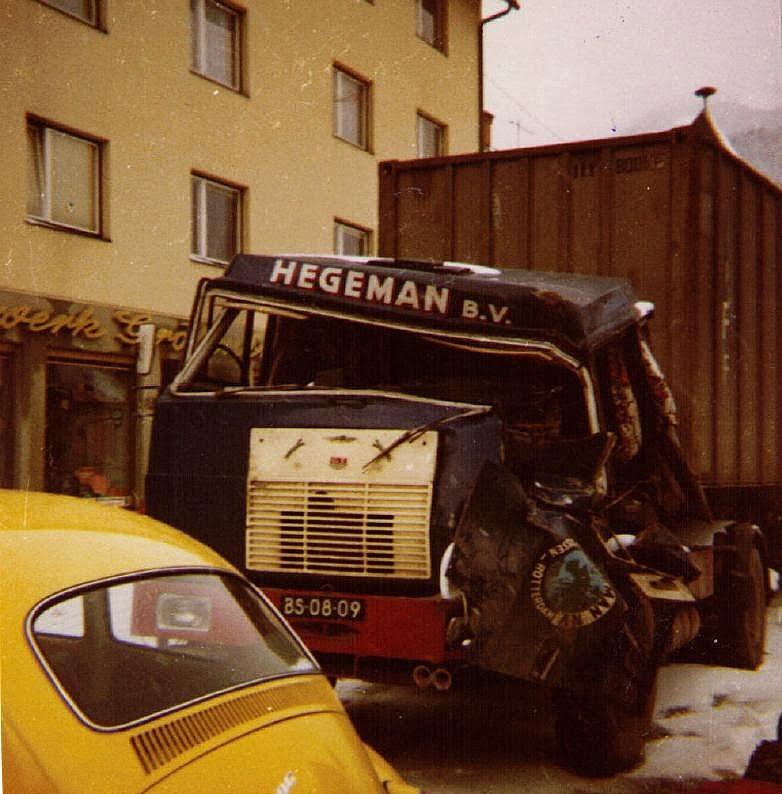 NR-105--Hanomag-Henschel