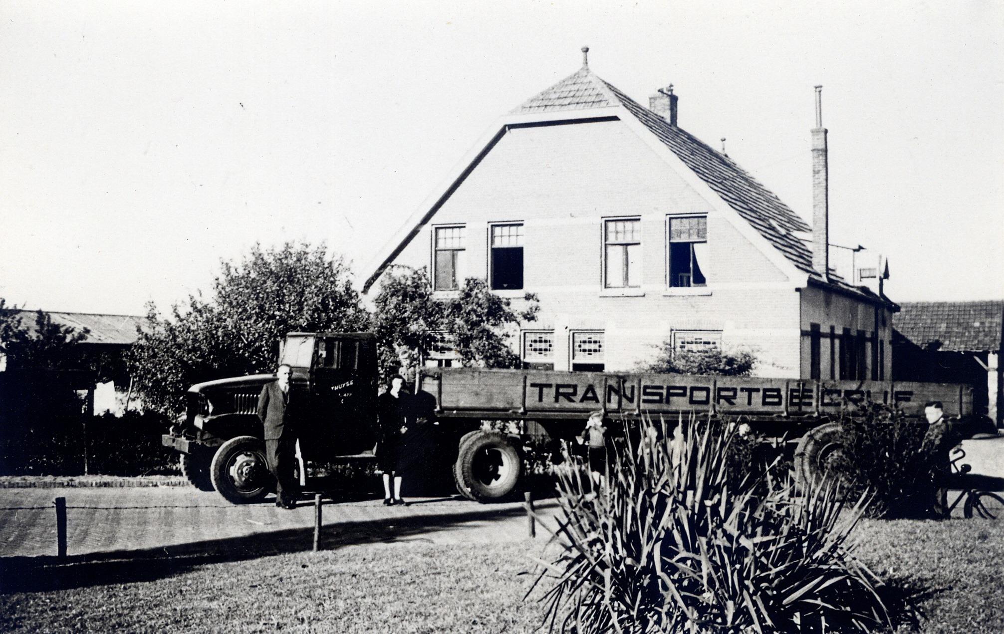 Dit-is-zijn-de-oudste-fotos-van-de-firma-die-ik-heb--Theo-Groothuijse-archief.-3