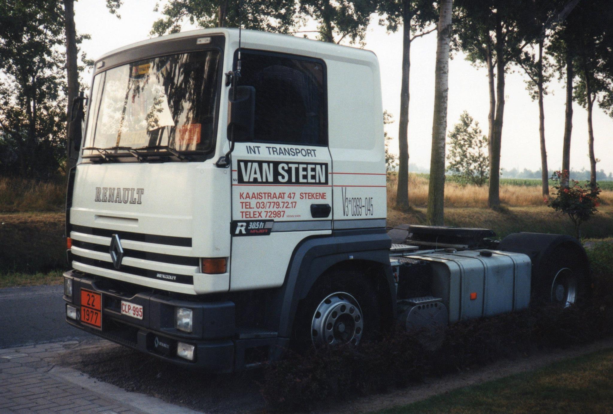 Renault-R-385