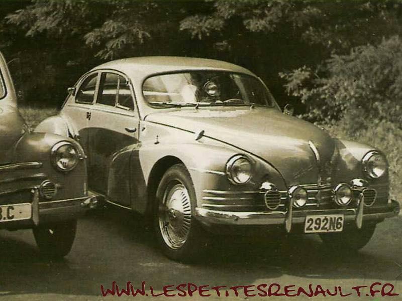 Renault-4CV-coupe-Mouchiro--1953-