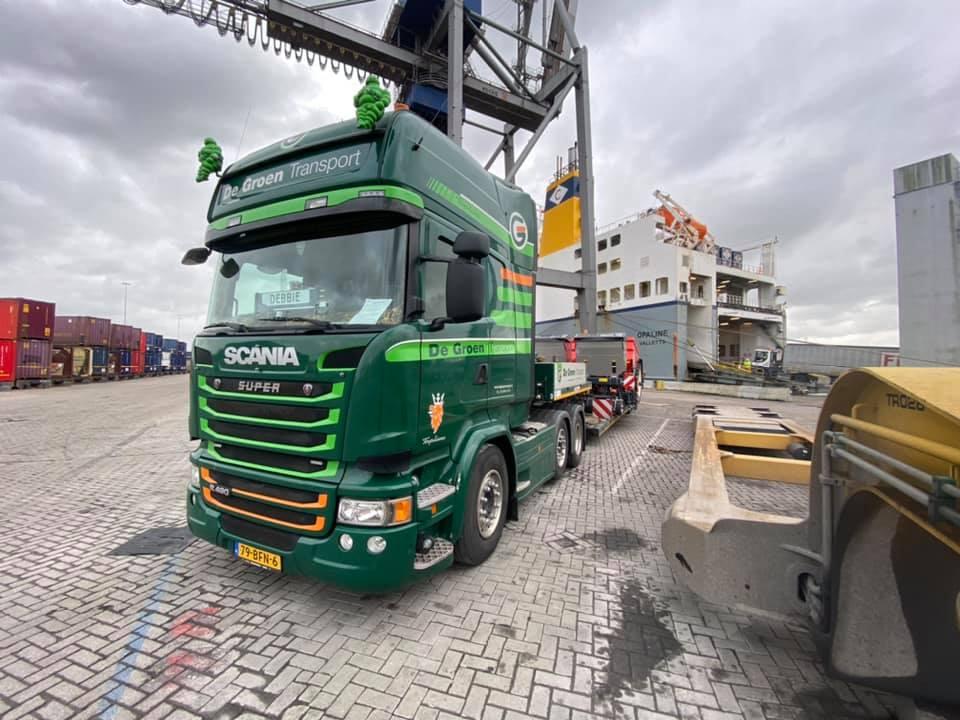 Rene-van-Zanen-Met-een-planter-van-Winsum-Friesland-naar-Navan-Ierland--4-2-2020---3