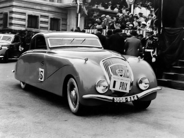 Peugeot-601-1934-Carrosserie-Pourtout--persoonlijke-auto-van-Marcel-Pagnol--zichtbaar-in-de-film-Le-Schpountz-