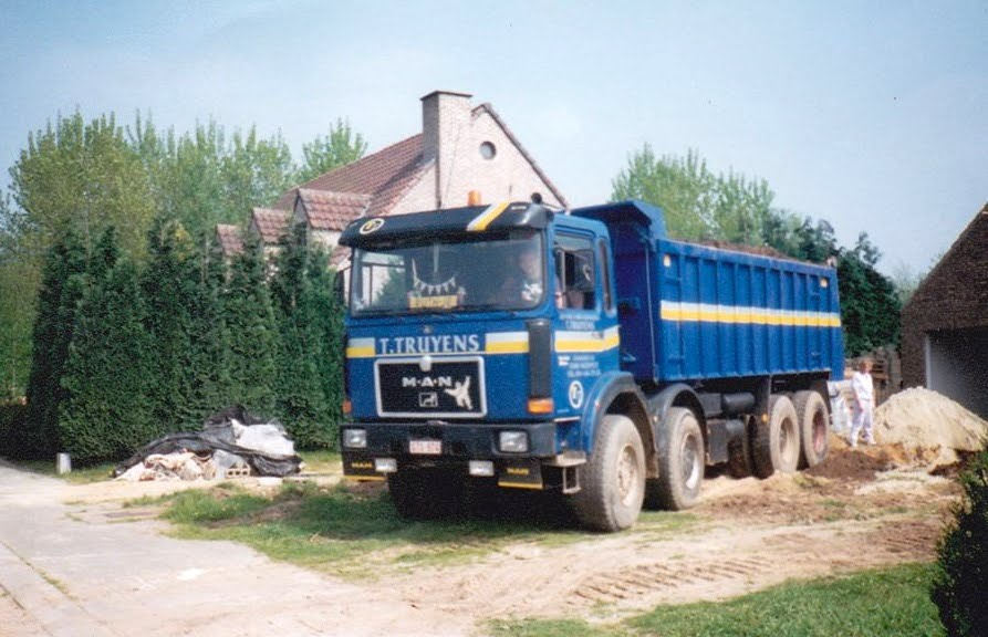 Truyens-T-Transport-Neerpelt-1