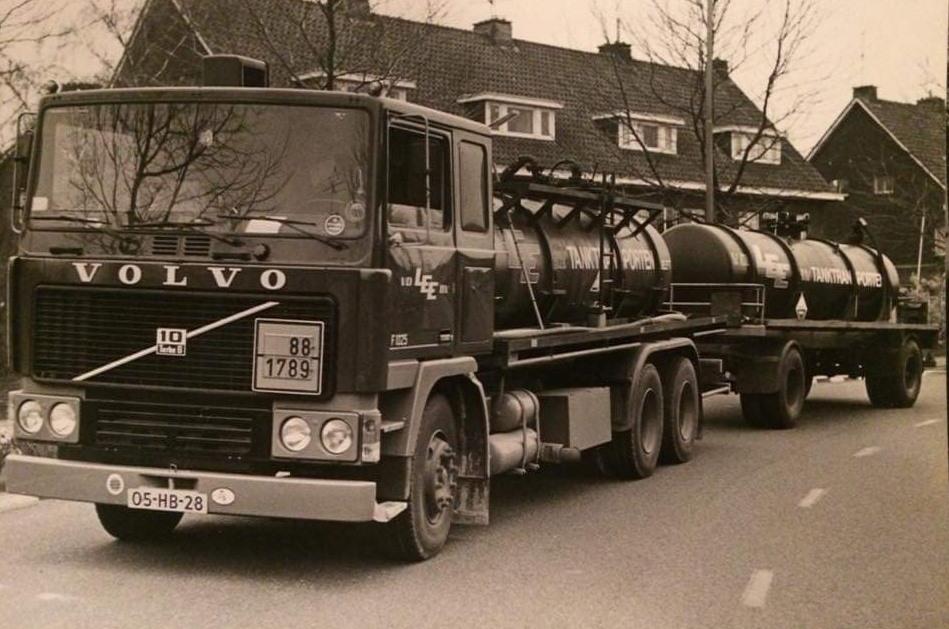 Volvo-F1025