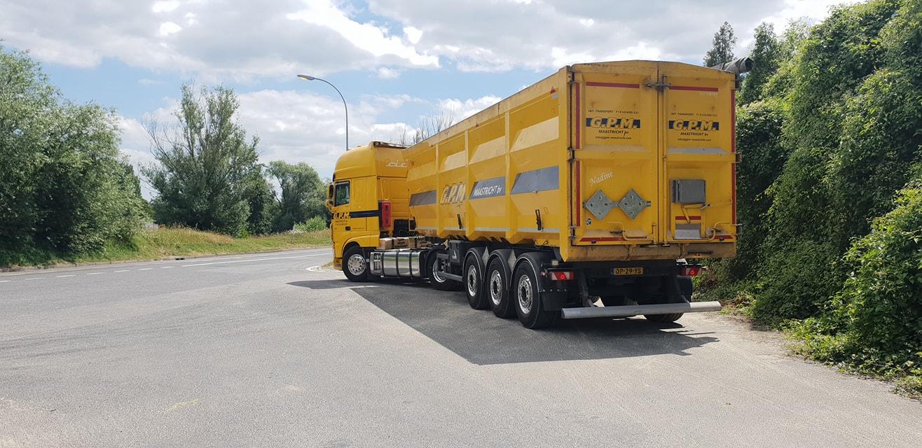 Lucien-de-weerd-op-pad-met-schone-wagen-6-2-2020--2