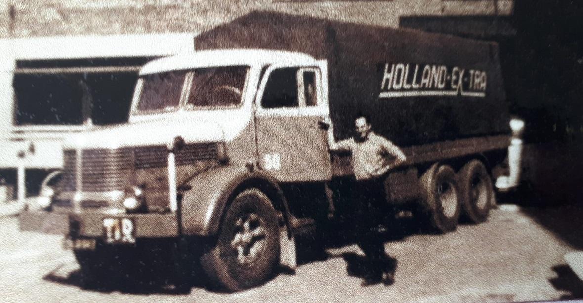 Pierre-Cuypers--mijn-oude-buurman-met-altijd-geweldige-nostalgische-verhalen--Hans-Faasen-archief-