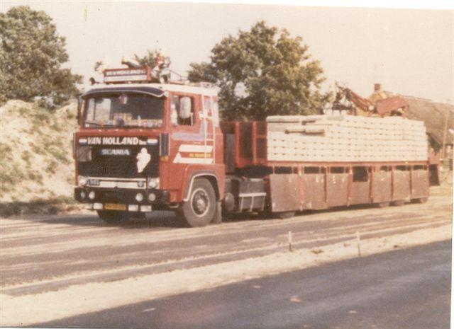 Scania--stenen-wagen-chauffeur-Mees-van-Holland-