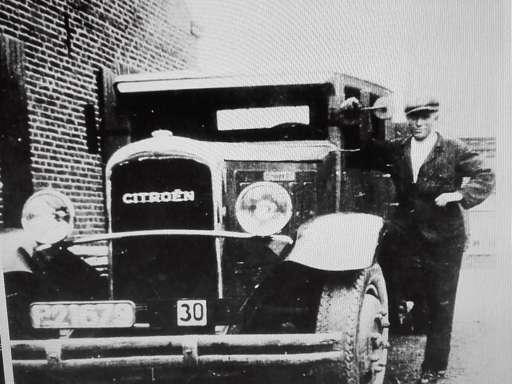 Wiel-Benders-met-de-eerste-vrachtauto