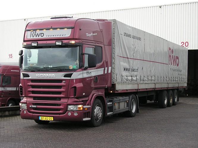 Scania-R360