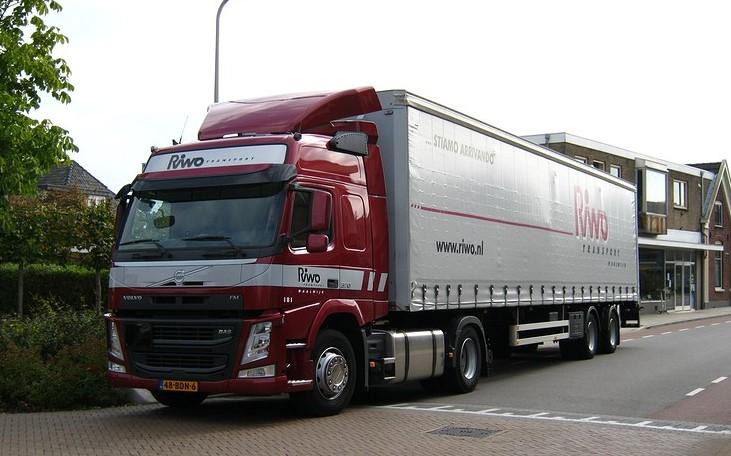 Volvo-2014-
