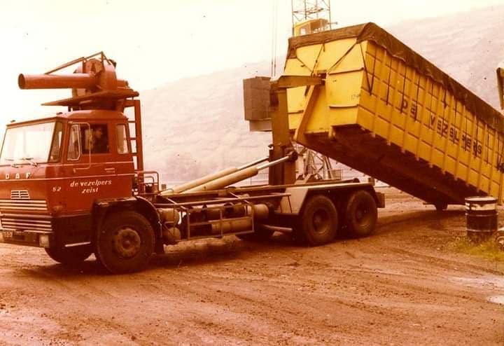 Cor-Drayer-uit-Zandvoort-heet-39-jaar-bij-het-bedrijf-gewerkt--ingezonden-door-Harry-de-Goede-1