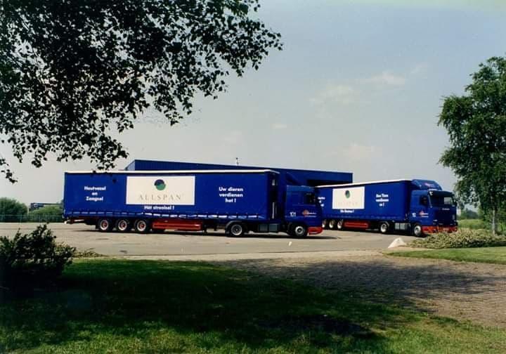 Cor-Drayer-uit-Zandvoort-heet-39-jaar-bij-het-bedrijf-gewerkt--ingezonden-door-Harry-de-Goede-11
