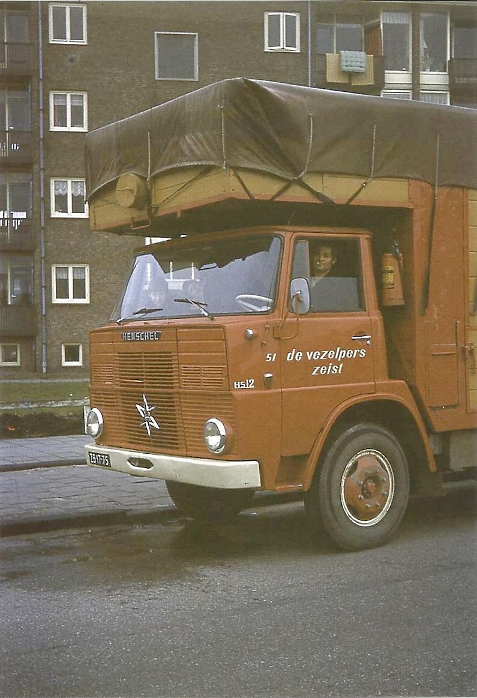 Henschel-Cor-Drayer-uit-Zandvoort-heet-39-jaar-bij-het-bedrijf-gewerkt--ingezonden-door-Harry-de-Goede-