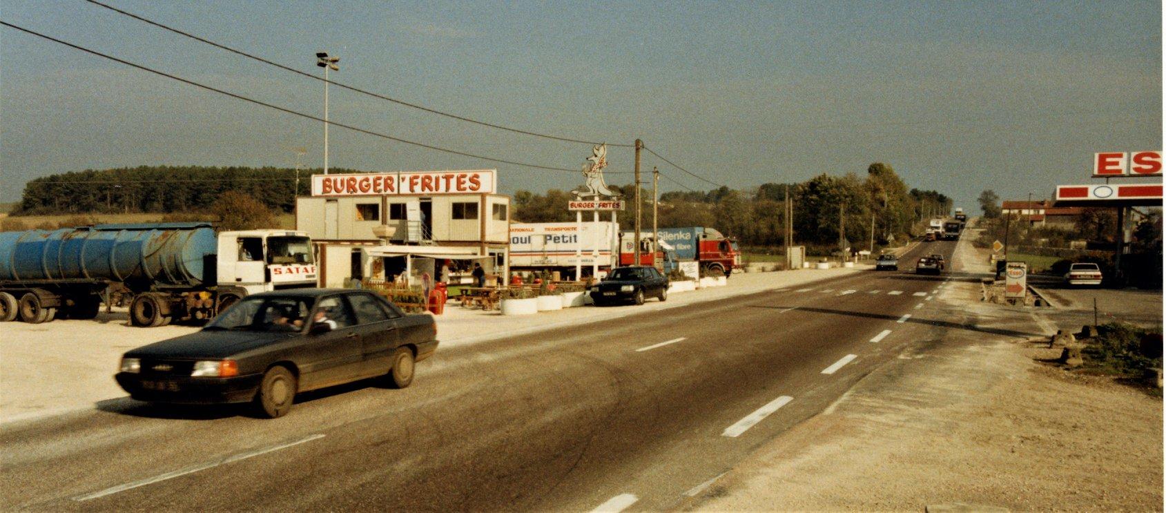 In-1988-was-het-laatste-stuk-van-de-Autoroute-Langres---Dijon-er-nog-niet--dus-moesten-we-bij-Til-Chatel-de-RN74-op-