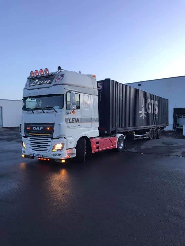 DAF-met-container--