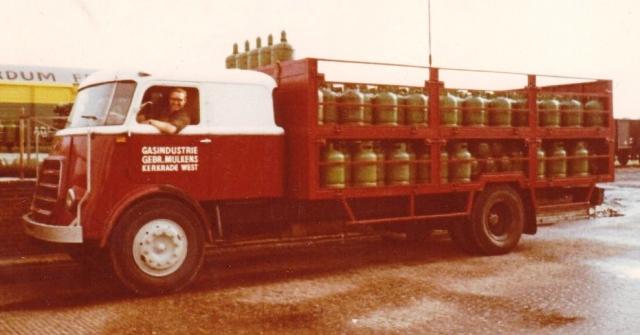 Mulkens-Gebr--Kerkrade-DAF-1900-met-grote-cabine-Gas-handel