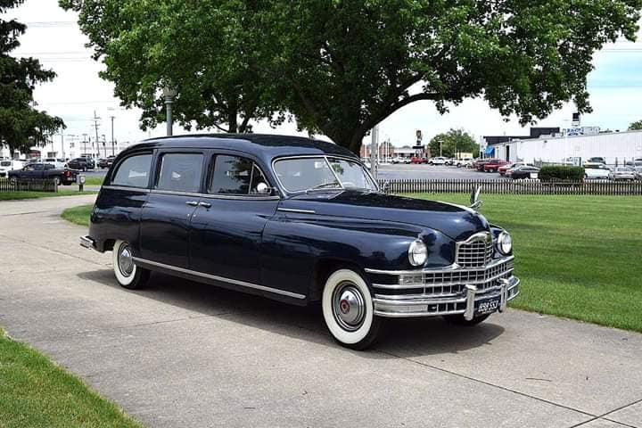 1948-Packard-Henney-End-Loader-Hearse-1