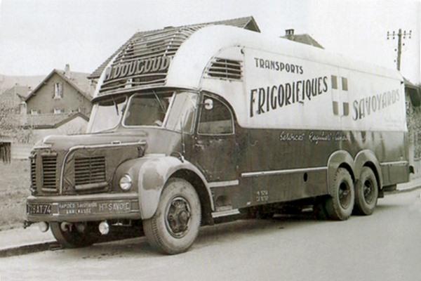 Berliet-GBM-10-Fourgon-Cabine-Cottard-1960