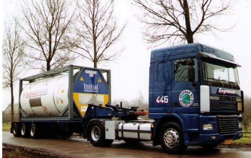 NR-446-DAF-95-XF-van-Ed-Langelaar-voor-United-Tank-Containers-3
