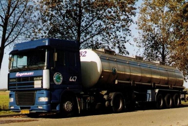 NR-447-DAF-95-XF-van-Hans-Kroes-daarna-Ben-Dupont-en-Herman-Bessems-vaste-auto-voor-Vinamul-latex-3