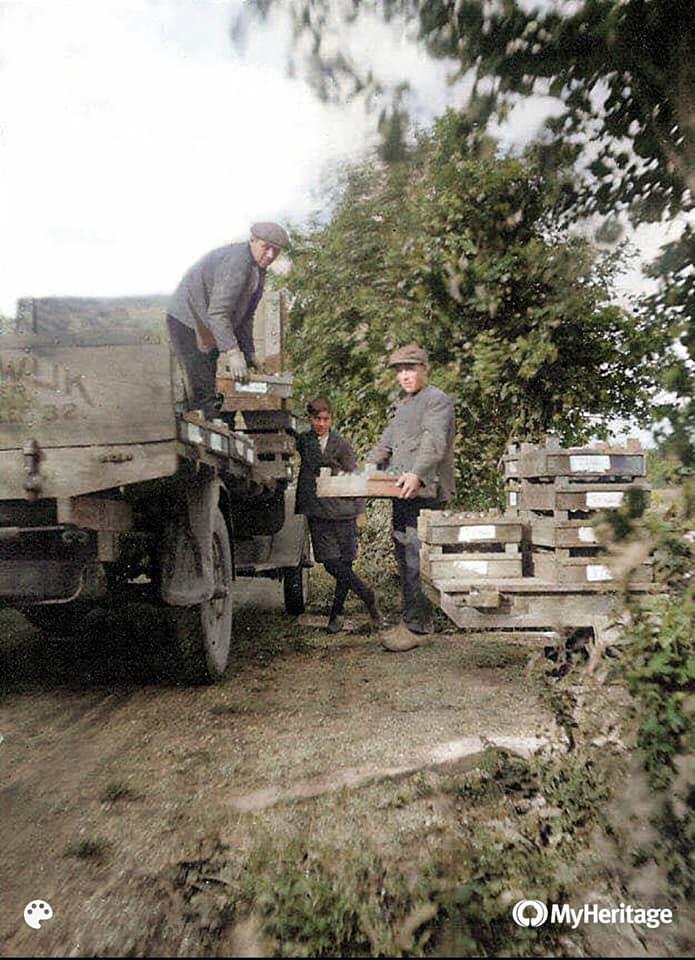 Opa-Klapwijk-in-1929-nu-in-kleur-archief-Jan-Klapwijk