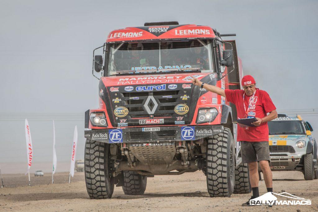 Renault-Rally-truck--Silk-Way-Rally-