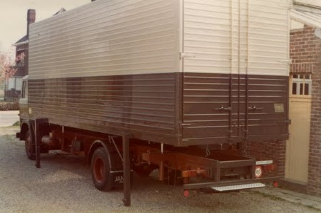 z-container