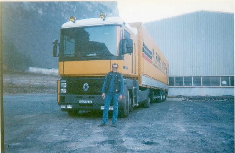 Renault---Magnum