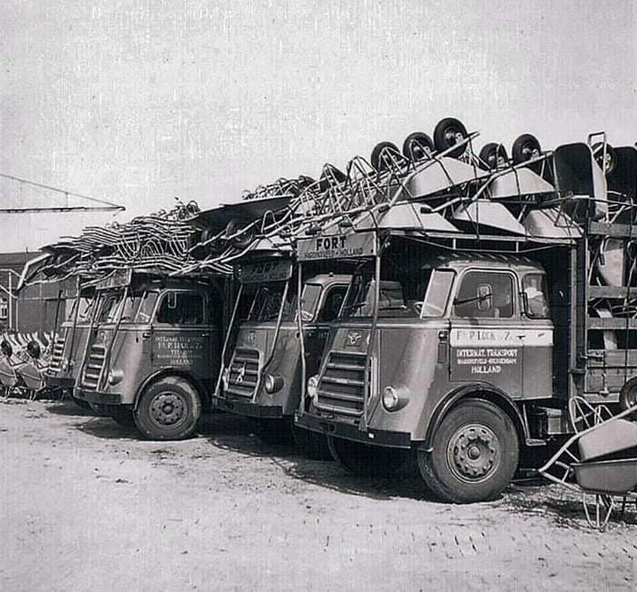 0-Daf-met-Ford-kruiwagens