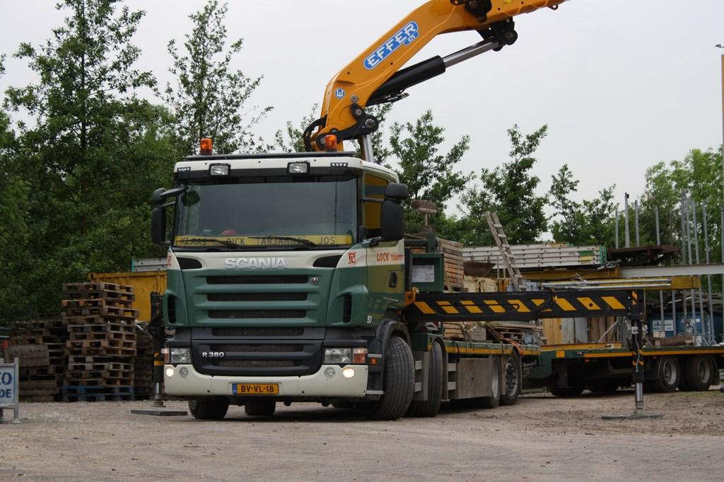 Scania-51-bakwagen-met-kraan-