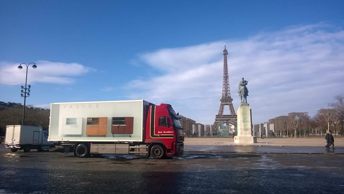 volvo--Jorgen-in-Parijs