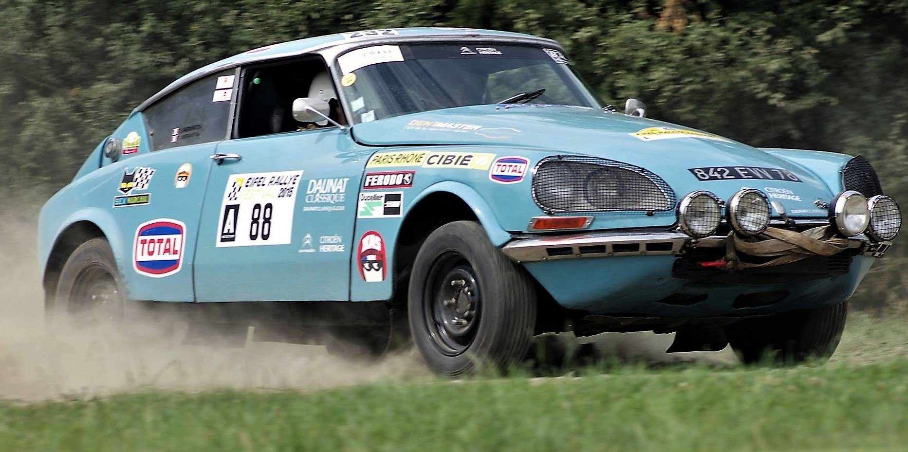 Citroen-retro-Rally-cars-2