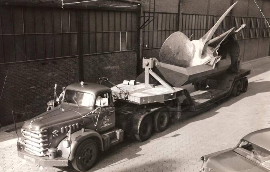 Diamond-en-andere-trucks-met-de-schroeven--10