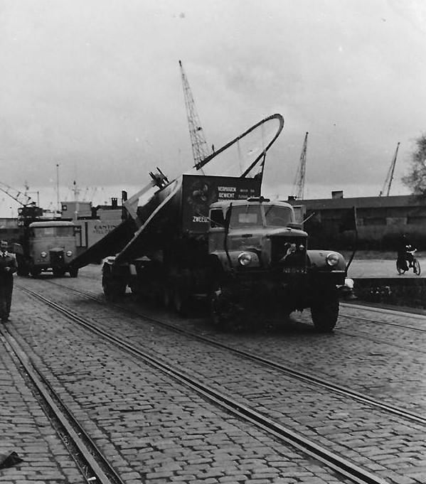 Diamond-en-andere-trucks-met-de-schroeven--9