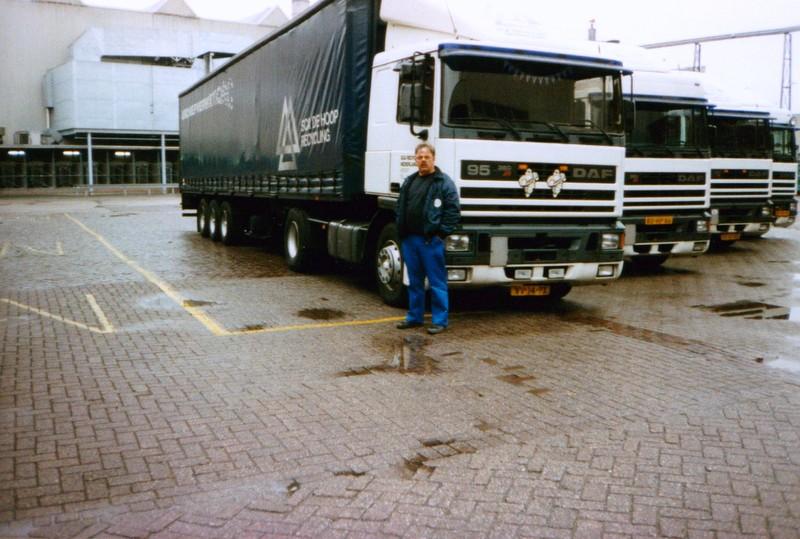 Hennie-de-Heuvel--was-hier-22-jaar-chauffeur--2
