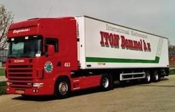 NR-453-Scania-124-420-van-Marcel-Scholten--Later-Jos-Wouters-en-Rob-van-Barneveld-kittekat--3