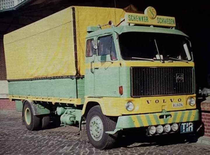Trucks-Schenker-international15