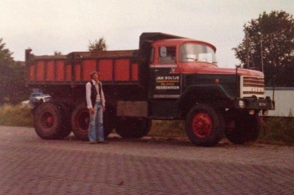 Ginaf-Jelle-Boltje-zijn-eerste-vrachtwagen-17-jaar-gelden-6X6-175-Pk
