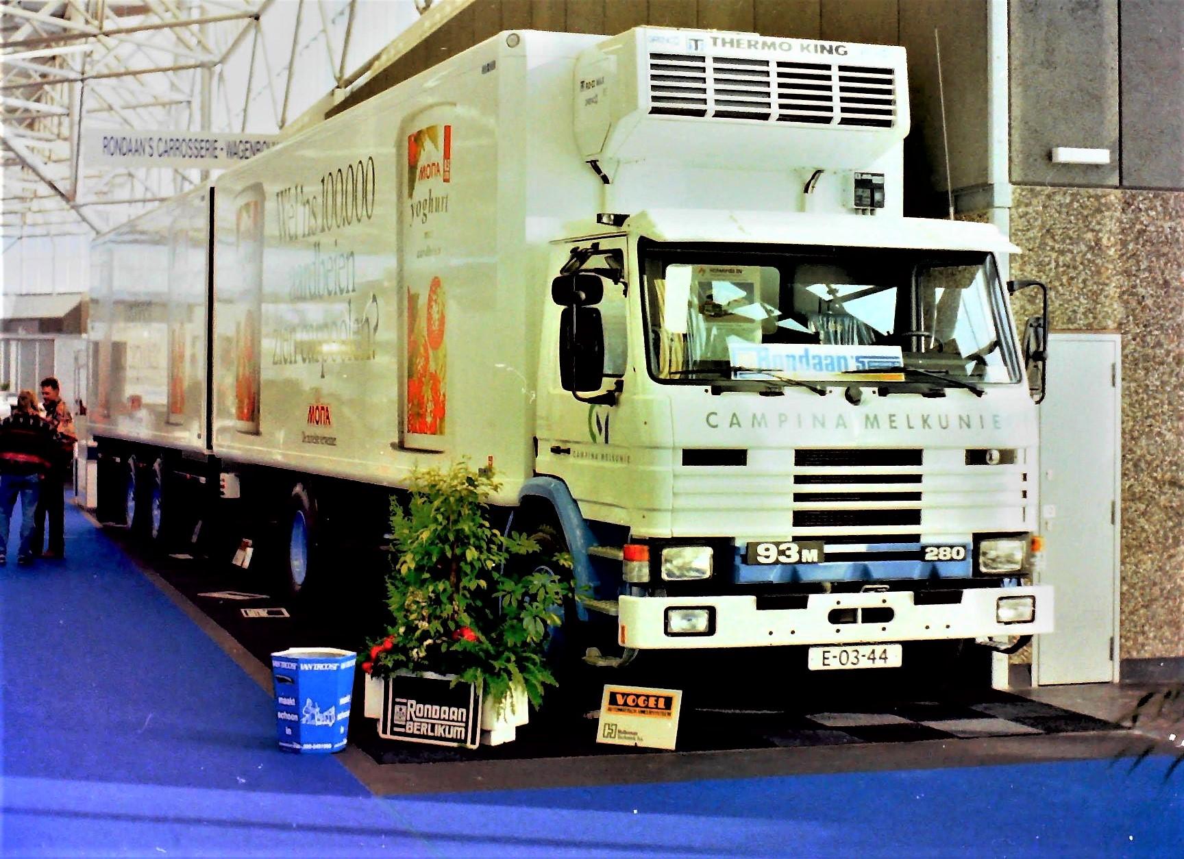 Scania-93-M-RAF-wipkar-Lollo-Rondaan-archief
