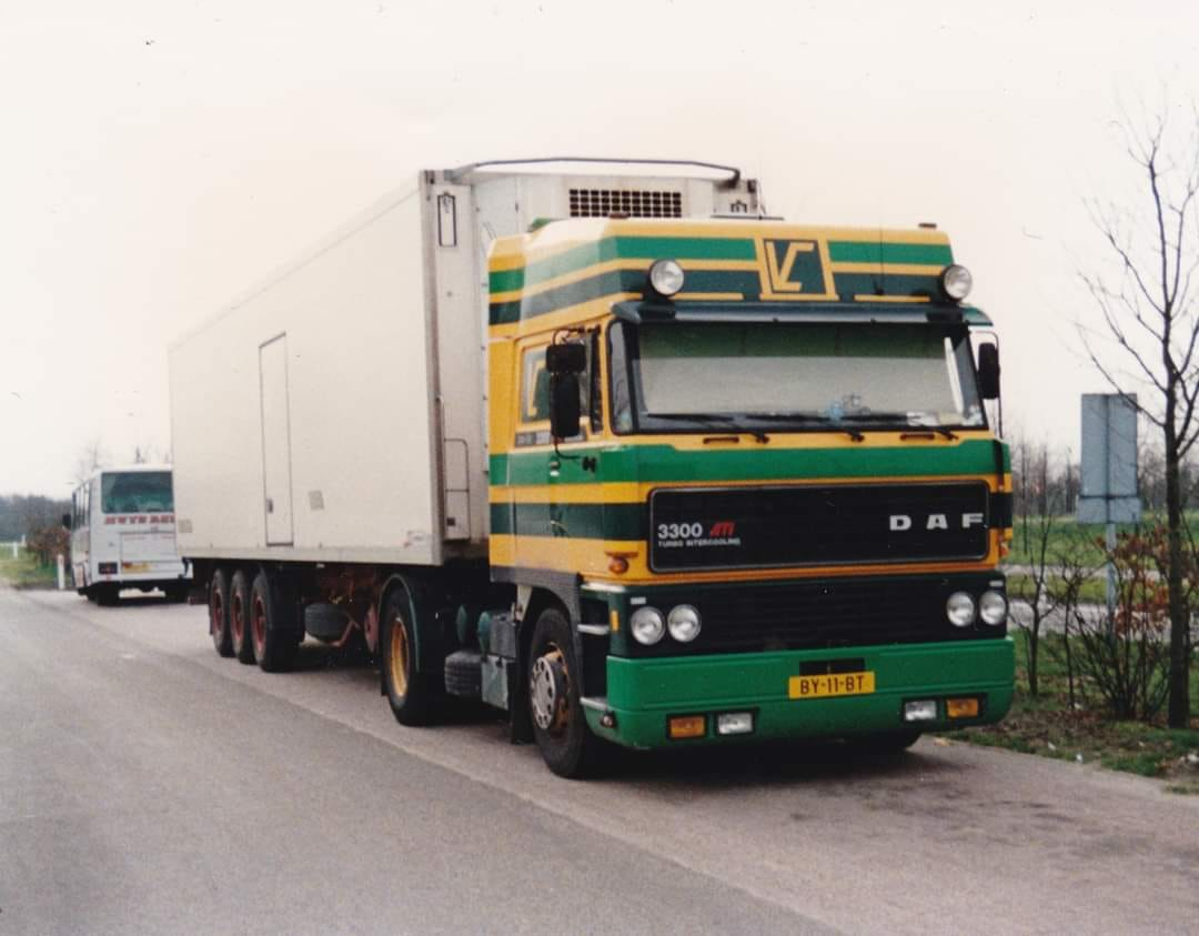 DAF-3300-Kees-Tukker-chauffeur-